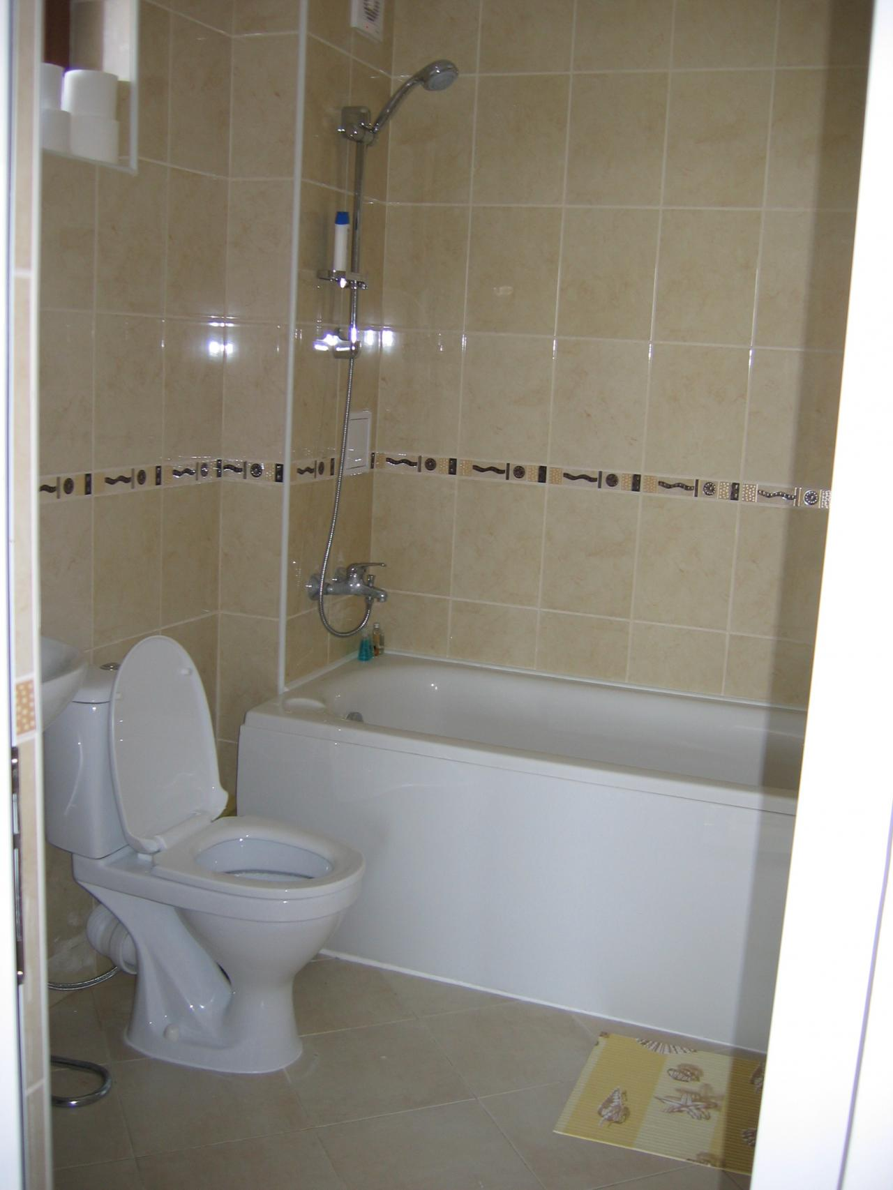 Villa Share Ltd Bathrooms